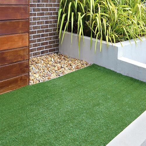 artificial grass_0000s_0002_AdobeStock_134534967 copy